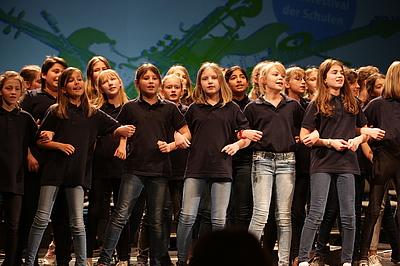 Ein Bild aus Vor-Corona-Zeiten: Schulchorauftritt (Bundesbegegnung Schulen musizieren), Foto: Thomas Seeber