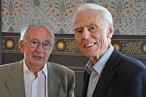Karl Heinrich Ehrenforth mit Prof. Dr. Siegfried Freitag beim 1. Bundeskongress Musikunterricht in Weimar 2012